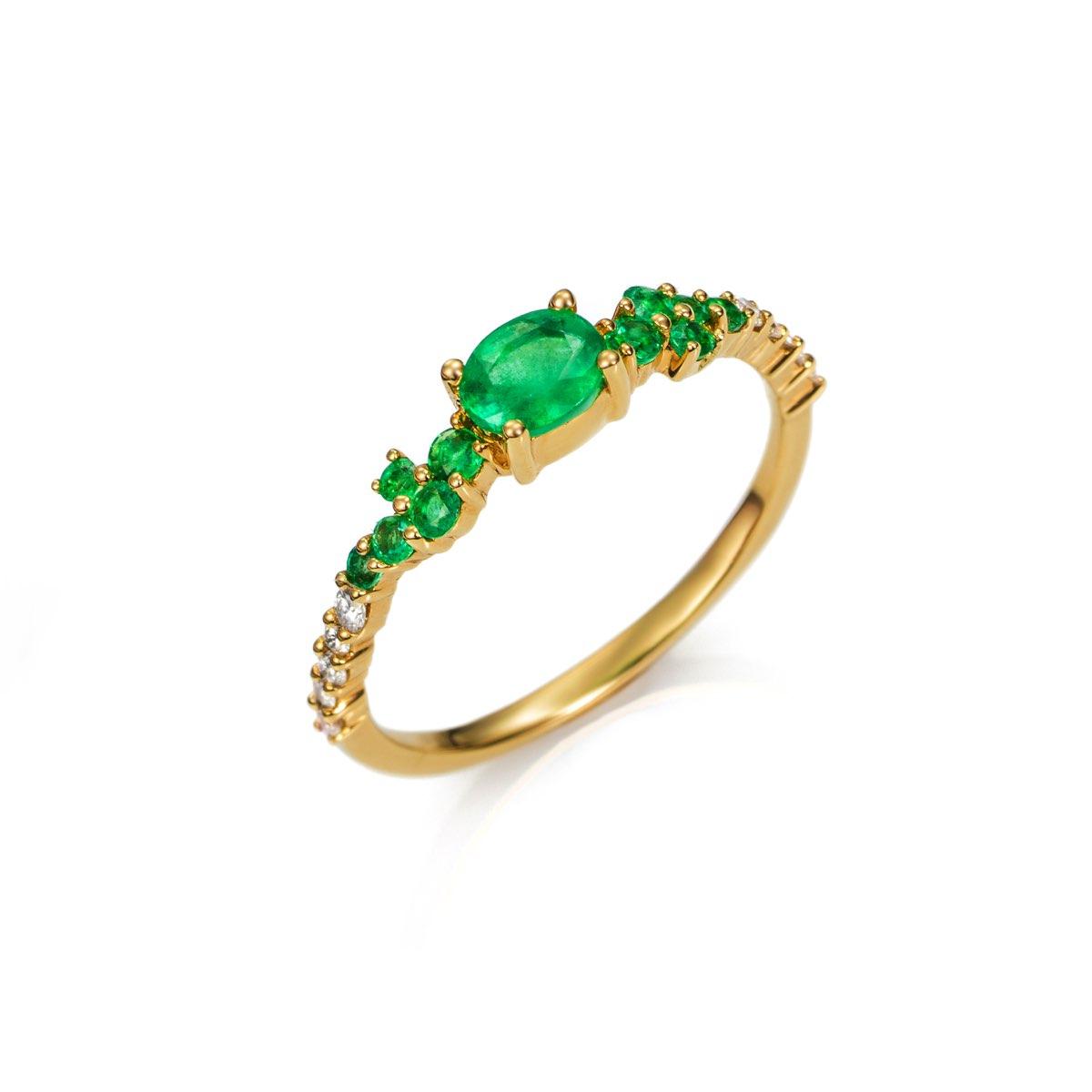2f5f1e6c5f01 *Anillo Oro 18kts con Esmeraldas y Diamantes